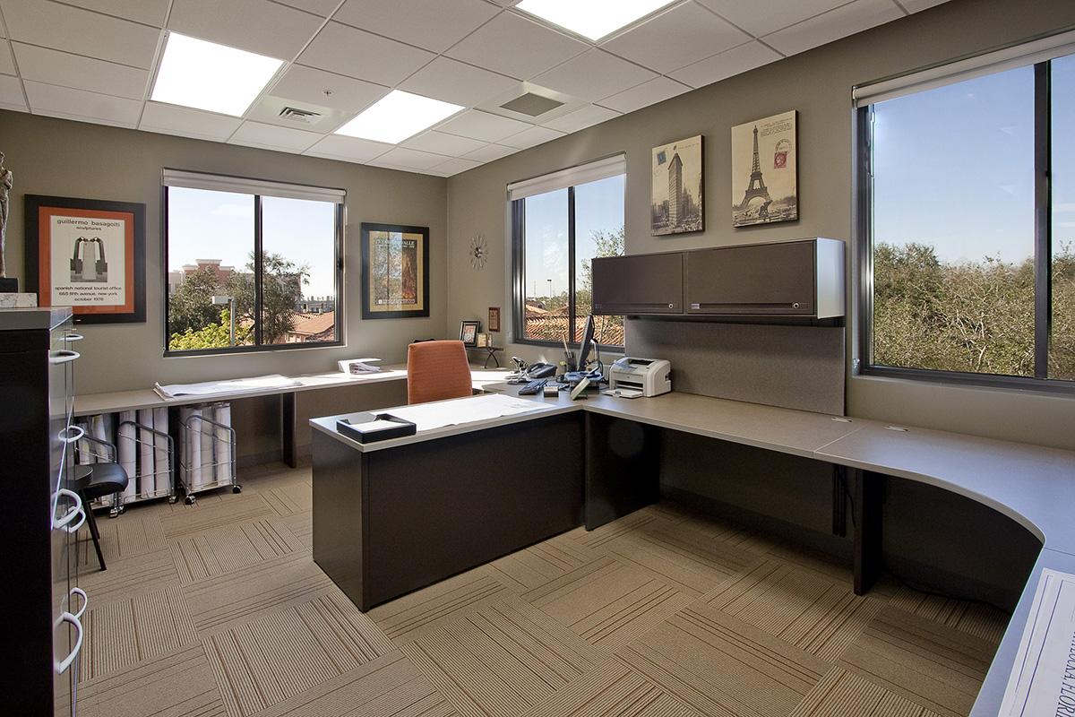 Lemartec-Office-Bldg-VP-Command-Est
